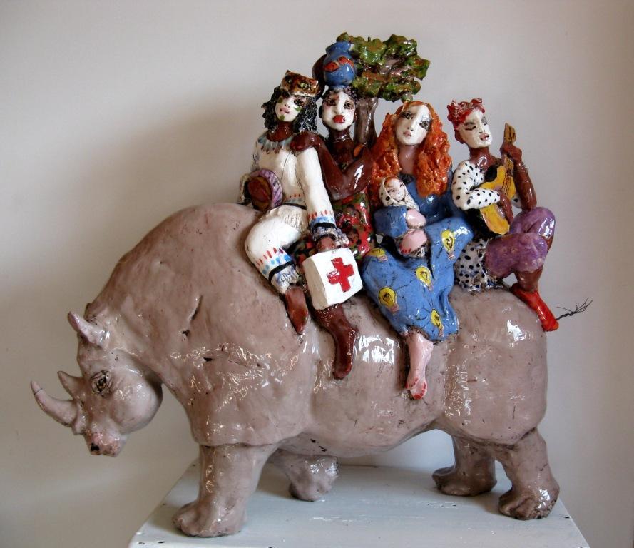 die-gesantdten-2015-keramik-glasiert-h-49cm-l-50cm